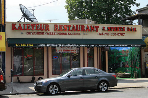 Kaituer Restaurant & Sports Bar